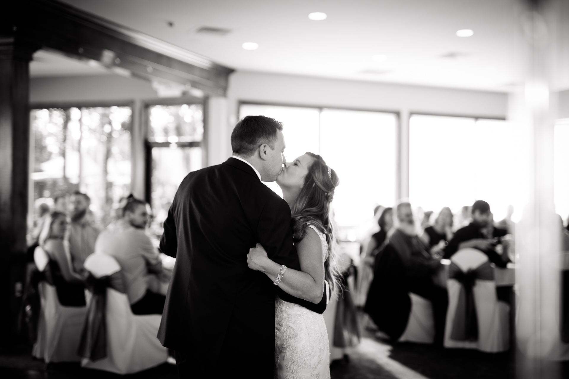 Emily Amp Scott Wedding At Stonebridge Golf Club 187 Blend Photography